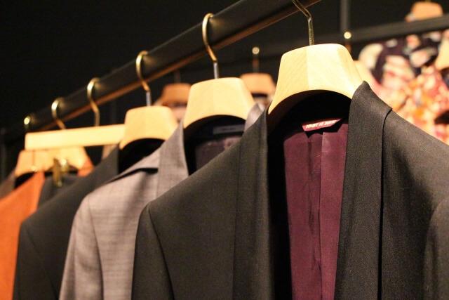 ブランド服のイメージ画像