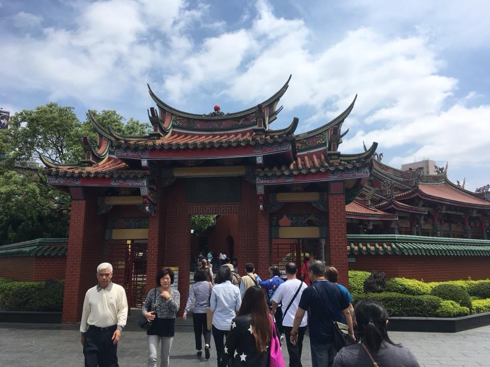 台湾の行天宮にて