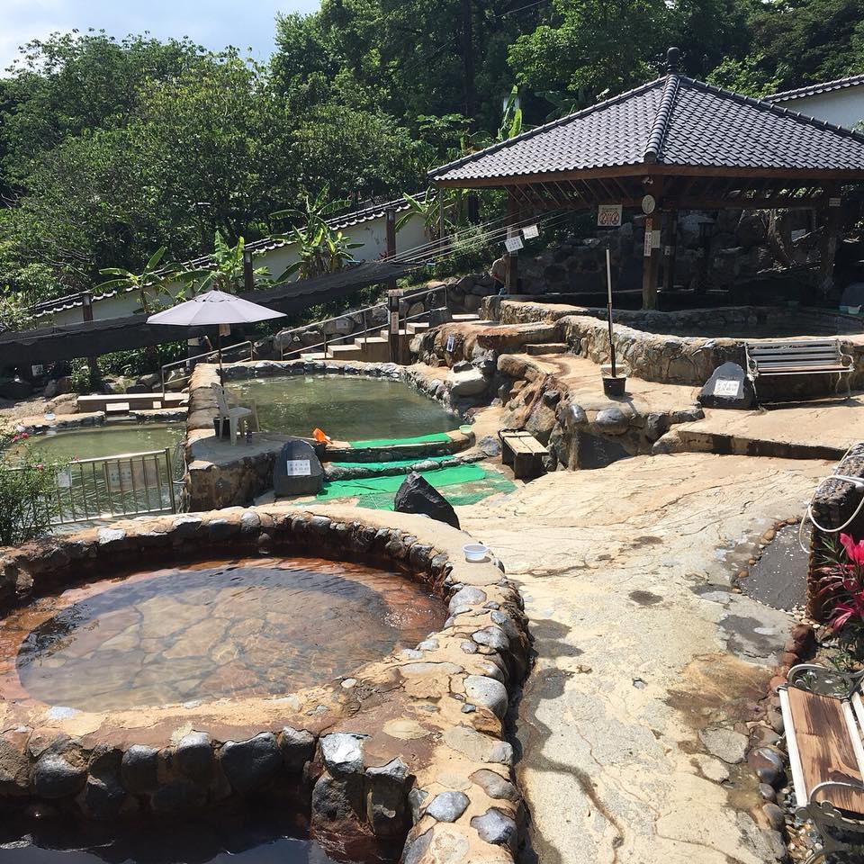台湾の風景 混浴温泉
